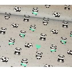 Panda s mátovým balónkem na šedém podkladě
